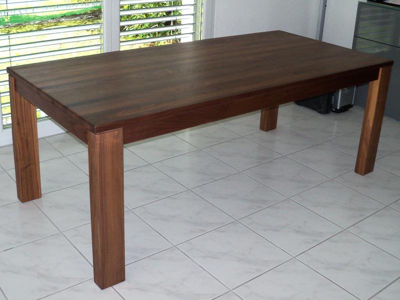 esstisch nussbaum massivholz ausziehbar in 160cm x 100cm kopfkulissenauszug 60cm. Black Bedroom Furniture Sets. Home Design Ideas