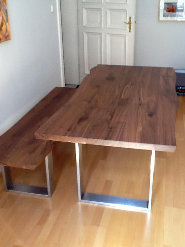Esstisch nussbaum optik  Talca: Esstisch mit Baumkante in Nussbaum und in 200cm mal 70cm ...